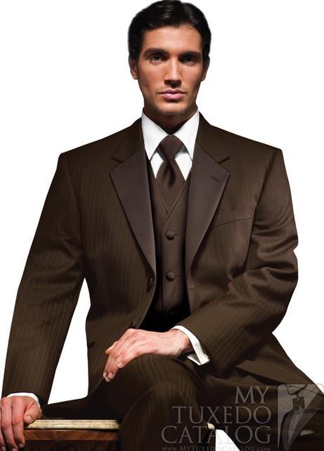 Мужской костюм цвета айвори 9
