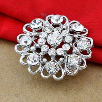 Fashion crystal brooch personalized heart-shaped flower brooch flash jewelry wholesale SP-XZ-60936