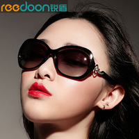 Sunglasses female 2013 Women polarized sunglasses fashion sunglasses star style sunglasses