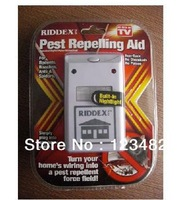 100pcs free shipping Riddex Plus Pest Repelling Aid Electronic Control / Ultrasound Machine Animal Repeller