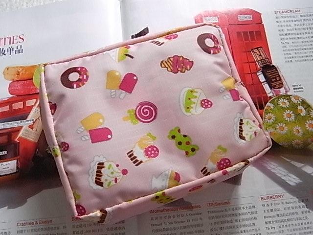 Free Shipping 10 Pcs/Lot Large capacity high quality sweet storage bag cosmetic bag(China (Mainland))