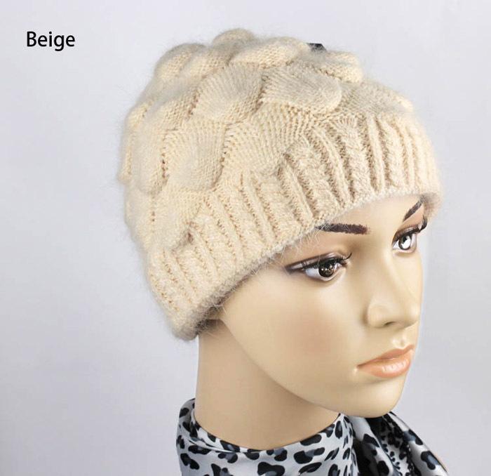 Форма вязанных шапок женских