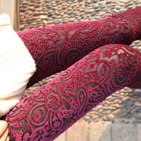 D926 2013 spring and summer decorative pattern gold velvet ankle length legging cutout elastic pants