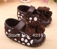 Free Shipping 0-1 year old infants Princess shoes soft bottom toddler shoes Flowers baby shoes size 11cm,12cm,13cm