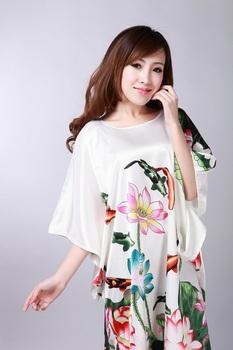 Белый Painting Chinese Женщины's Шелк Rayon Nightgown Robe Gown Flower One Размер ...