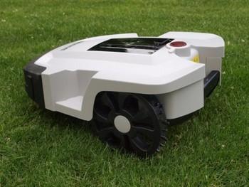 2012 DENNA ROBOT MOWER L600