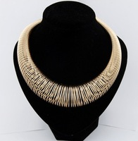 Free Shipping New Design Hot Sale Fashion Chunky Statement Necklace For Women Mix Gold Silver