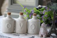 Zakka seasoning bottle vintage retro finishing ceramic tampion storage sauce pot white small knobbing
