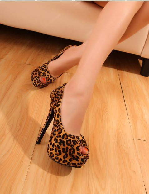 Hot Summer women fish head sandals shoes Leopard thin heel pumps sandals high-heeled platform shoes free shipping(China (Mainland))