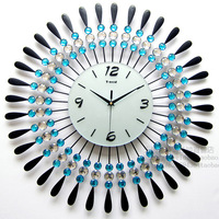 2 color Fashionable sitting room adornment  Rhinestone supe /ultra-quiet creative clock/rural contracted art character clock