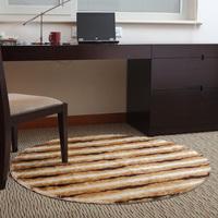 Circle carpet computer cushion 130
