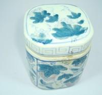 Antique treasures antique tea caddy antique blue and white jar antique handmade blue and white porcelain tank