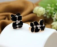 A clover earrings han edition flowers in big ear clip earrings earrings female south Korean fashion cute earrings