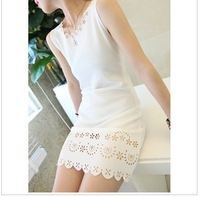Free Shipping Wholesale 2013 summer cutout laciness women's small sexy sleeveless vest one-piece dress black and white