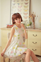 Real shot summer sweet new Japanese and Korean round neck lace dress sleeveless vest Heavy florets