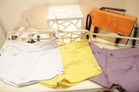 J king candy color fresh placketing slim hip distrressed shorts
