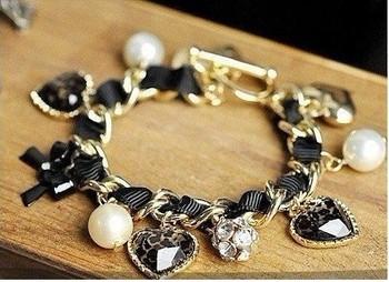 Min.order is $10 (mix order) Free Ship Retro Heart Leopard Rhinestone Pearl Bangle Bracelet HOT cbk 0033