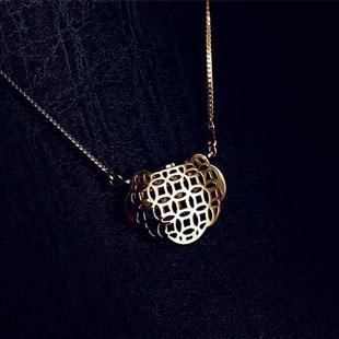 Classic titanium  gold coin lock rose gold necklace female short design lucky