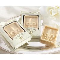 Wholesale free Shipping 12pcs/lot Iris Flower shape Favor Mix Color Soap for Bath Body Wedding Gift scented decorative soap