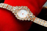 Luxury&Fashion Ladies Wrist watch Crystal Bracelet Watch  Business Golden Watch Full Diamond Watch