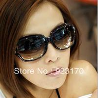A is $12(mix order) free shipping  2013 fashion polarized sunglasses star style fashion vintage sunglassesCR059