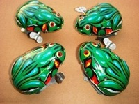 2014 Real New Freeshipping 13-24 Months 2-4 Years 5-7 Years Red Free Shipping!chain for Frog Chain Wind Up Toys Nostalgic 10pcs