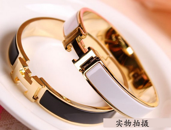 Europe and America fashion jewelry H bracelet bangle 18k gold free shipping(China (Mainland))
