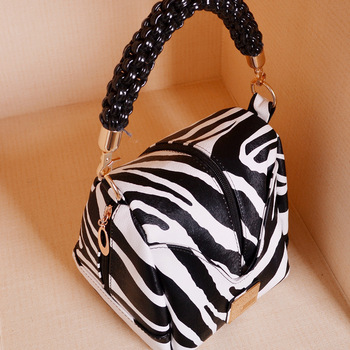 Spring and summer women's handbag knitted zebra print small messenger bag cosmetic bag camera bag