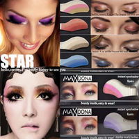 Fashion gradient smoked convenience eye shadow stickers