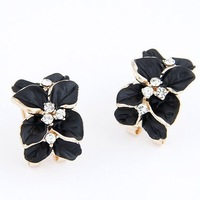Min.order is $10 (mix order) Fashion woman sweet temperament four leaf earrings / ear buckle TB-0094