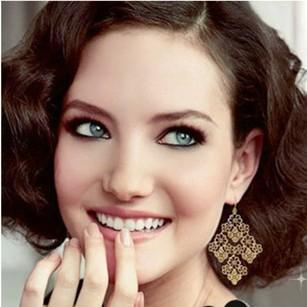 Free shipping! Fashion Retro Hollow Flowers drop earrings for women