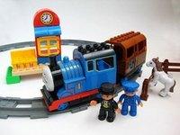 Free shipping 8288a Large thomas small train electric music blocks