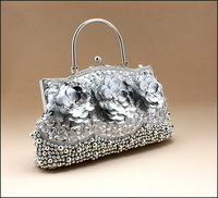 The new hand-beaded bag hand embroidered beaded clutch evening bag lady
