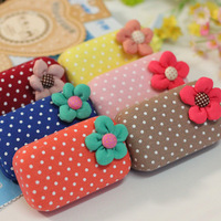 Free Shipping High Quality New Arrival 1PC/Lot Cute Dot Flowers Contact Lenses Box/Case/Kit Canvas Lenses Box Gif