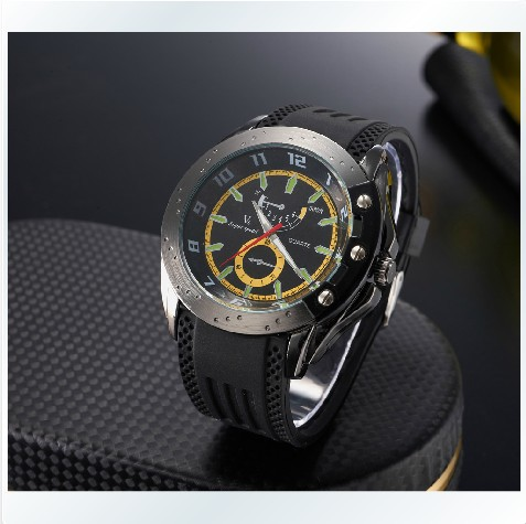 Free Shipping New Arrival V6 Black Leather Strap Mens Man Fashion Style Quartz Military Wrist Watch Good gift for business men(China (Mainland))