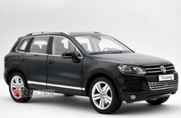 2010 volkswagen touareg silver alloy car model