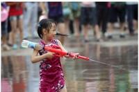 Children's Toys Water Gun Beverage Bottles Shoot Water Toys kids