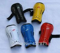 Free Shipping Soccer shin pads professional soccer shin pads shin guard football shin pads