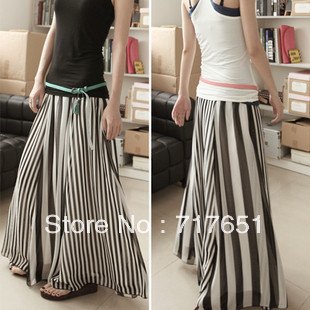 Women's black and white stripe patchwork chiffon skirt expansion skirt stripe bust skirt half-length full