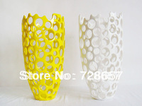 Polyresin Home Decoration Crafts Vase. Resin Hollow Out Vase for Simple Household Decoration
