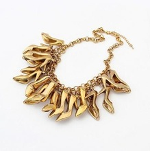 (Min order$10) Free Shipping!Europe And The United States Exaggerated Personality Love High Heels Necklace!#98291