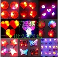 Wholesale 500pcs/lot Christmas Halloween LED Flashing Light Breastpin Brooch Heart Rose Face Gift Party Many Styles DHL free