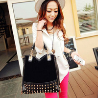 2014 New Star Rivet Package Stitching Flannel Bag Shoulder Bbag Brand Fashion Handbag Rivet Studded Messenger Bag