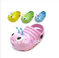 Cool special children's sandals, slippers summer hole hole shoes kids garden shoes baotou children's super cute beach shoes