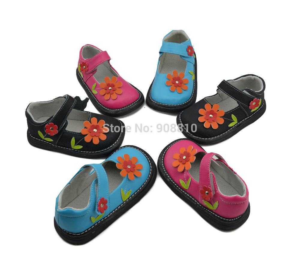 Filles chaussures en cuir véritable turquoise, hot pink black fleur mary jane plat. côtésemelle nouveau pour le printemps, sqeaky chaussures. couineur