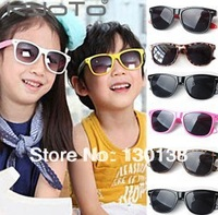 Free Shipping! Children Sunglasses Fashion Boy Baby Girls Black Sunglasses UV Shading The Sun Glasses Mixed 6 Colors 6pcs Lot