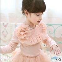 Retail Free Shipping Hot Sale 2013 New  Autumn Korea Style All-match Girls Cotton Flower Lace Bottoming shirt