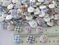 W0111 Randomly color 18mm Stripe Printed Wooden Buttons 150pcs Garment Accessories