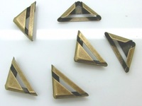 Free Shipping-100PCs Antique Bronze Book Scrapbooking Albums Menus Folders Triangle 23x17mm  M01123