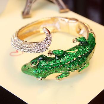 Punk Exaggerated Fashion European and American green Lizards rhinestone women bangles Free shipping